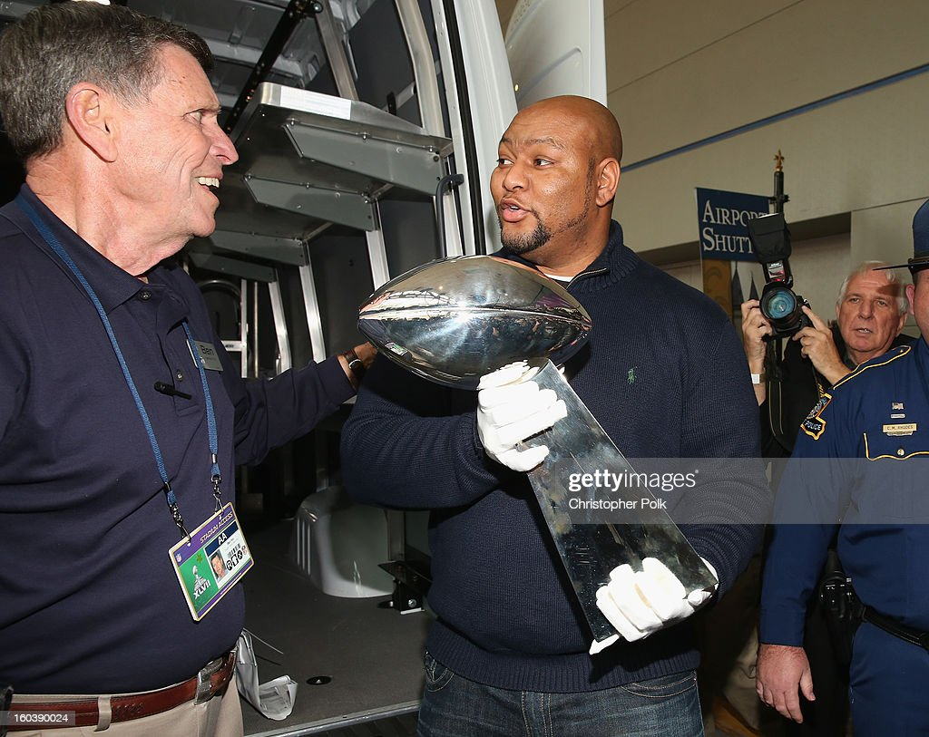 FedEx Delivered Vince Lombardi Trophy To New Orleans For Super Bowl XLVII : News Photo