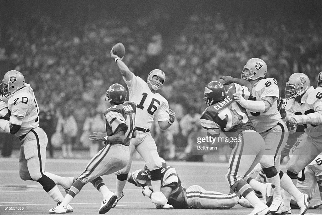 Jim Plunkett Throwing Football : News Photo