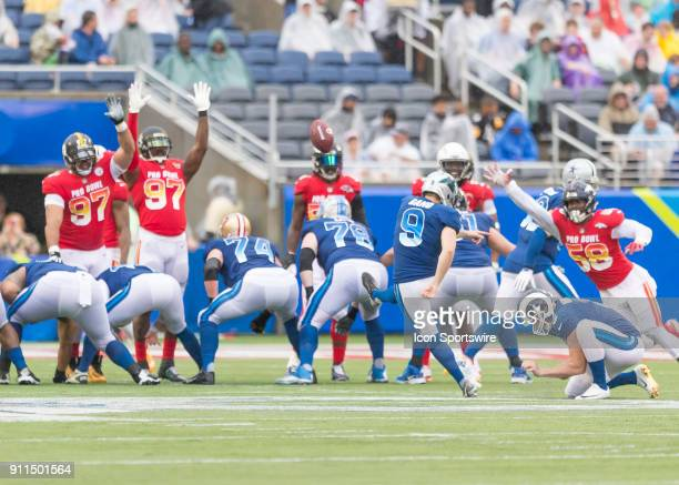New Orleans Saints running back Mark Ingram kicks the extra point During the NFL Pro Bowl match between the AFC NFC on January 28 2018 at Camping...