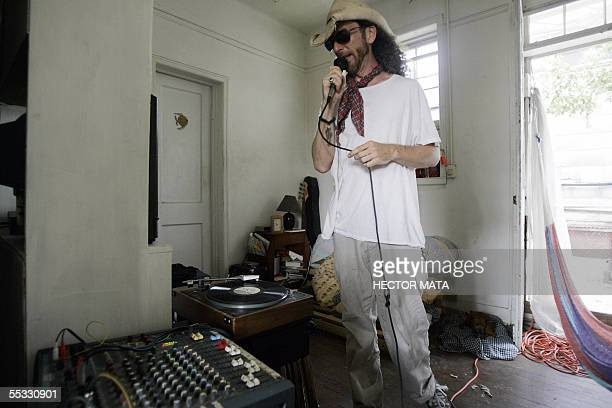 TO GO WITH STORY BY GERSENDE RAMBOURG Musician Kenny Claiborne plays a song by the band 'Brian Jonestown Massacre' 10 September during another...