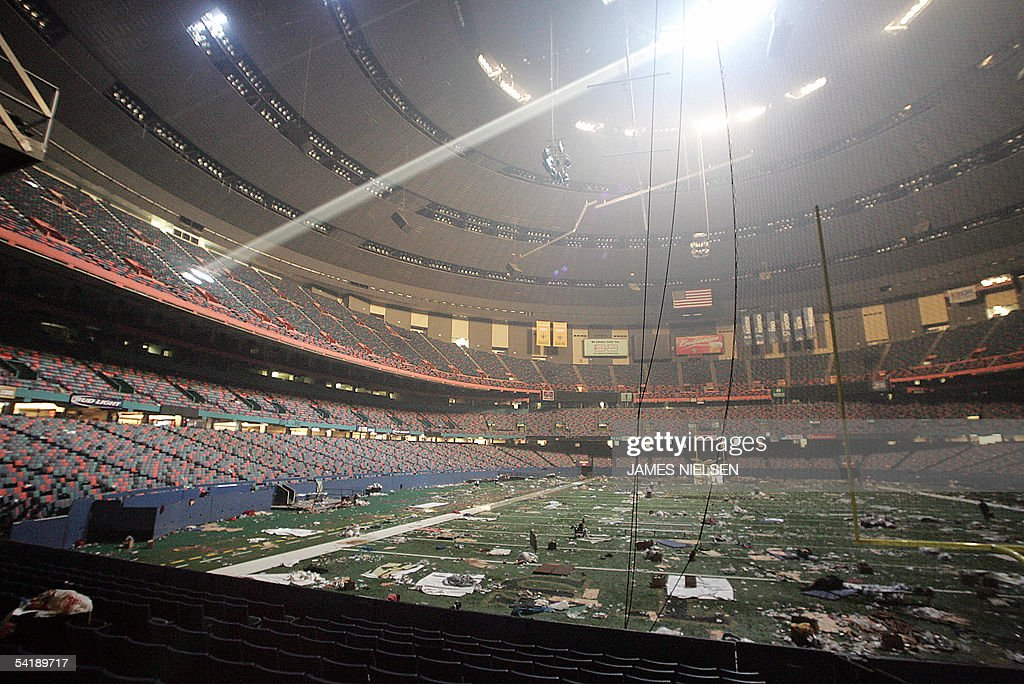 Trash litters the field at the Superdome : News Photo