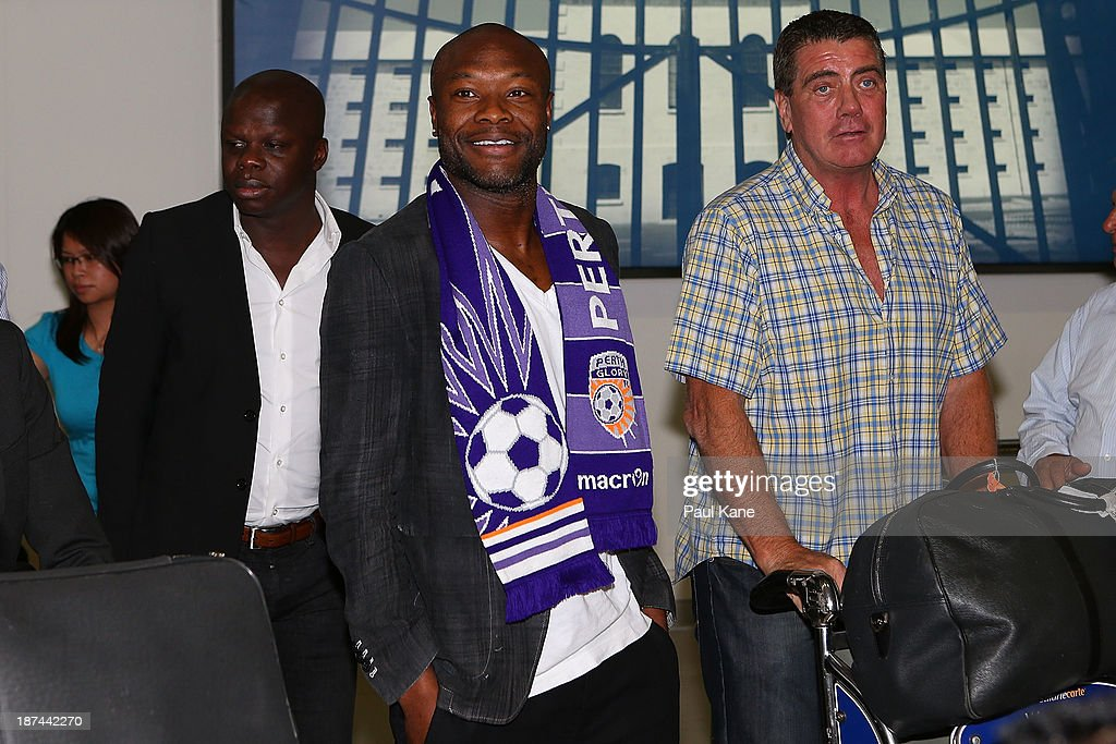 New Perth Glory A-League recruit William Gallas walks into the arrivals hall after arriving at Perth International Airport on November 9, 2013 in Perth, Australia.