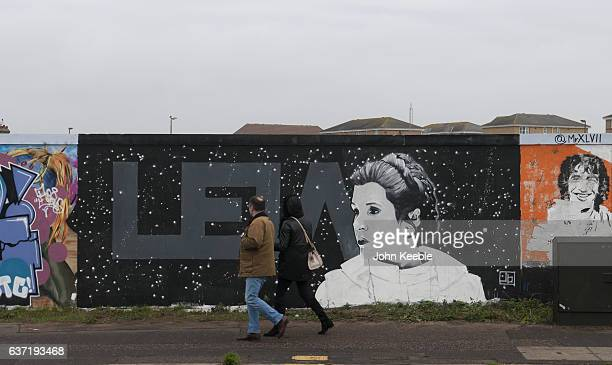 A new piece of street art paying tribute to the late Carrie Fisher as Princess Leia from Star Wars has appeared on Southend seafront by local artist...