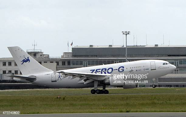 A new plane of European planemaker Airbus the Airbus A310 dedicated to parabolics ZeroG flights lands after its first scientific flight at the...