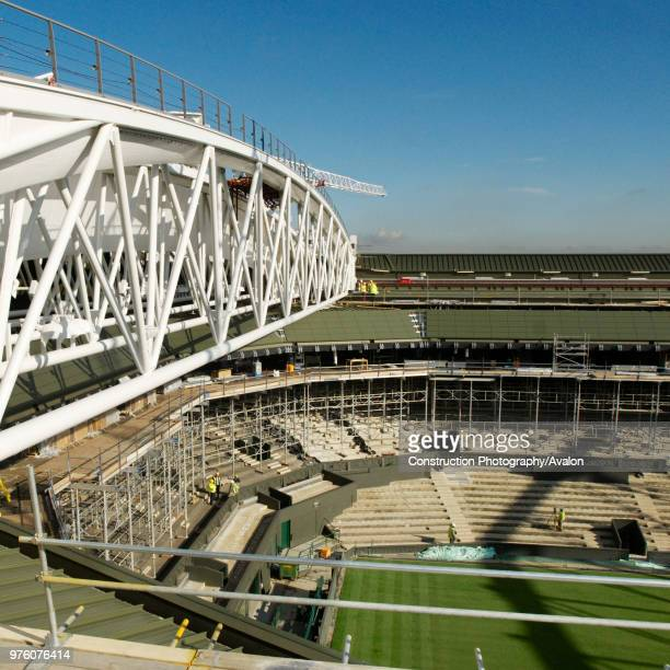 New roof trusses for new retractable roof of Centre Court, All England Lawn Tennis Club, Wimbledon, London, UK, 2008.