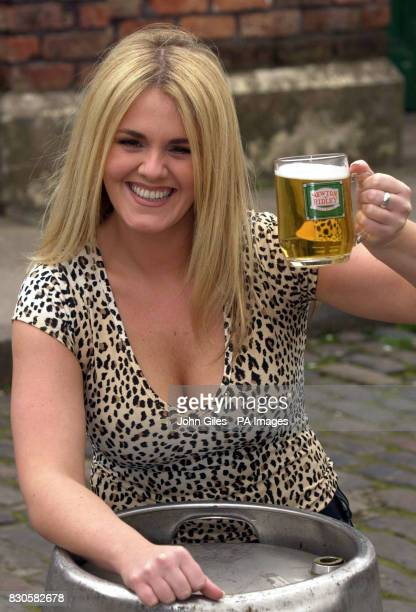 New Rovers Return barmaid Shelley Unwin played by Manchester actress Sally Lindsay on the Coronation Street set in Manchester 24 April 2001 Shelley...