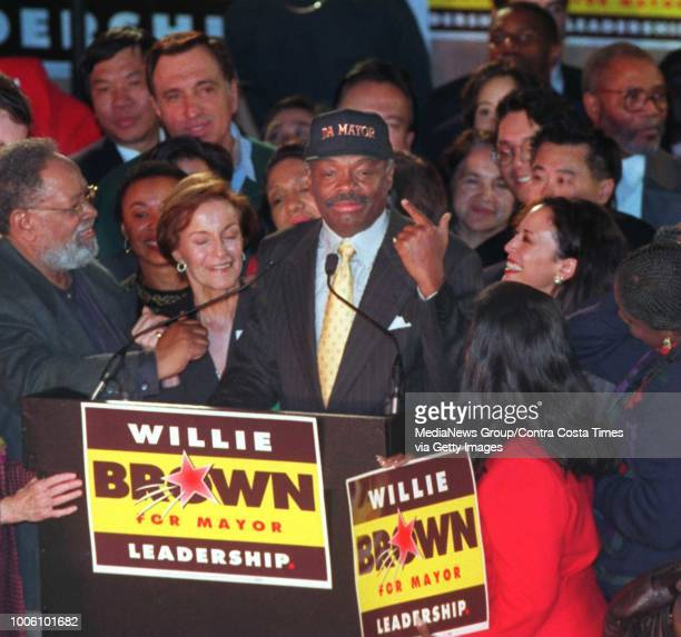 New San Francisco mayor Willie Brown points out his new hat Da Mayor as he claimed vitory Tuesday night December 12 1995 while at his victory party...