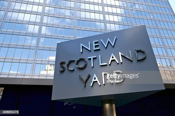 new scotland yard sign, greater london - metropolitan police stock pictures, royalty-free photos & images