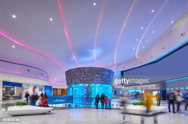 new shopping mall in moscow with the biggest aquarium in the centre - モスクワ ストックフォトと画像