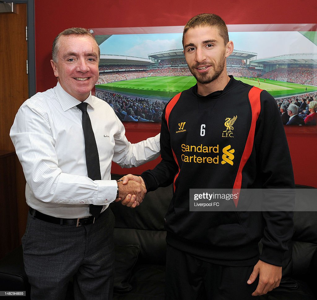 Fabio Borini Signs For Liverpool FC