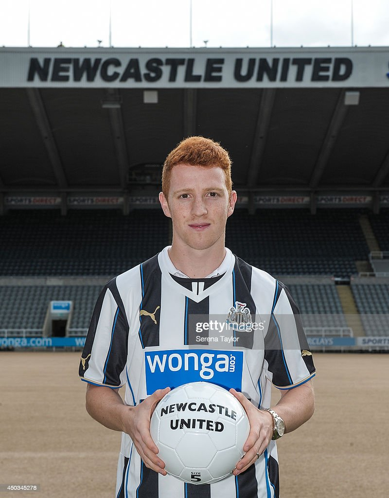 Newcastle United Sign Jack Colback