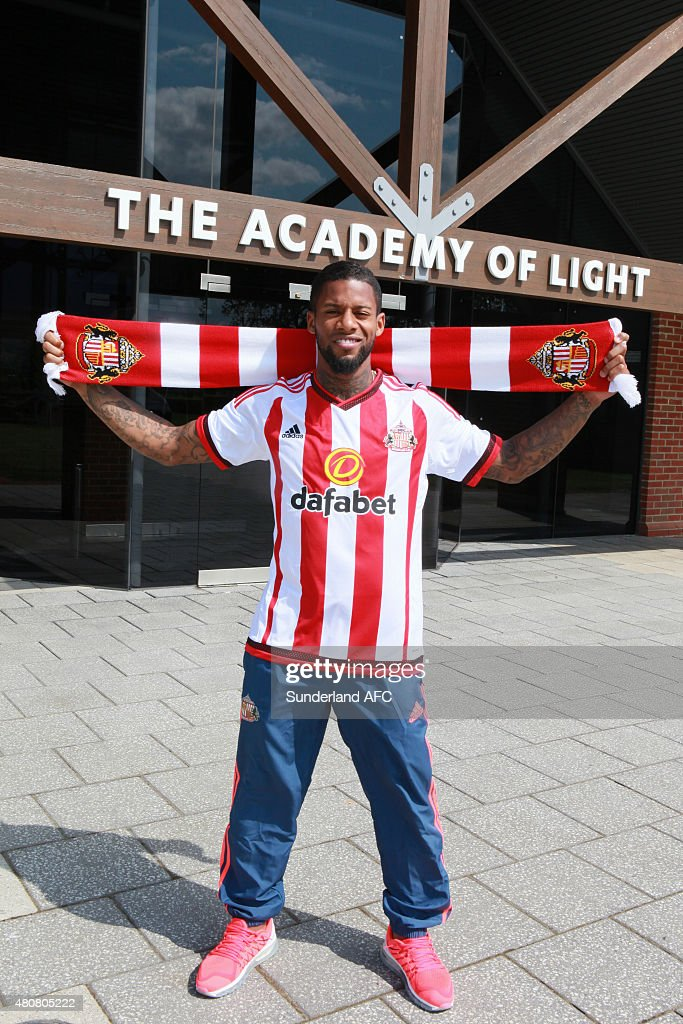 Sunderland Unveil New Signing Jeremain Lens