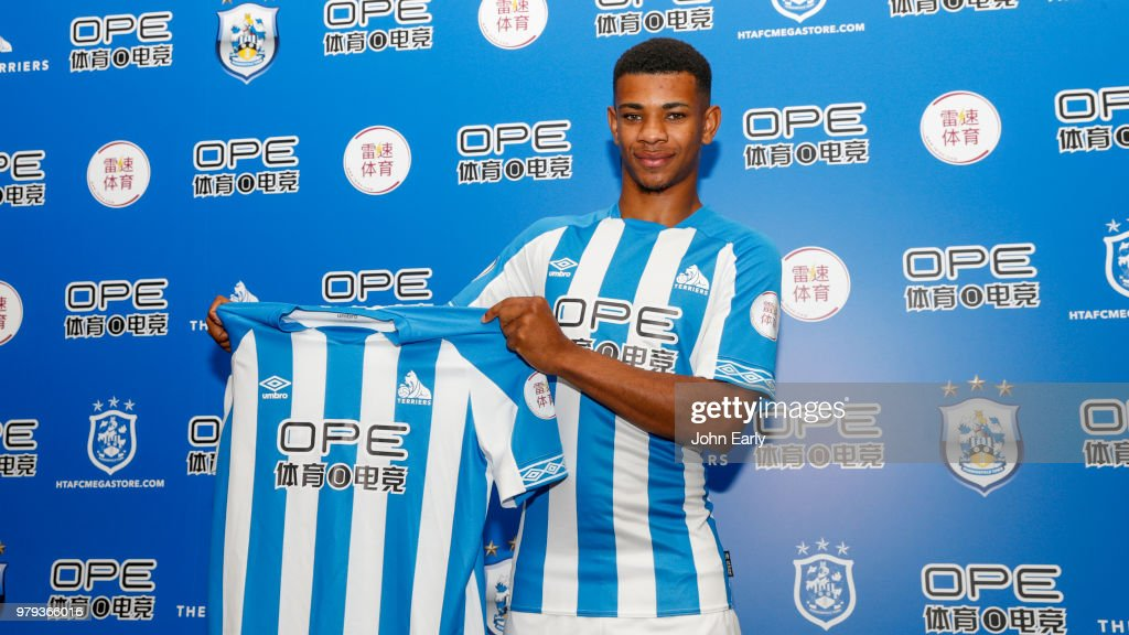Huddersfield Town Unveil New Signing Juninho Bacuna