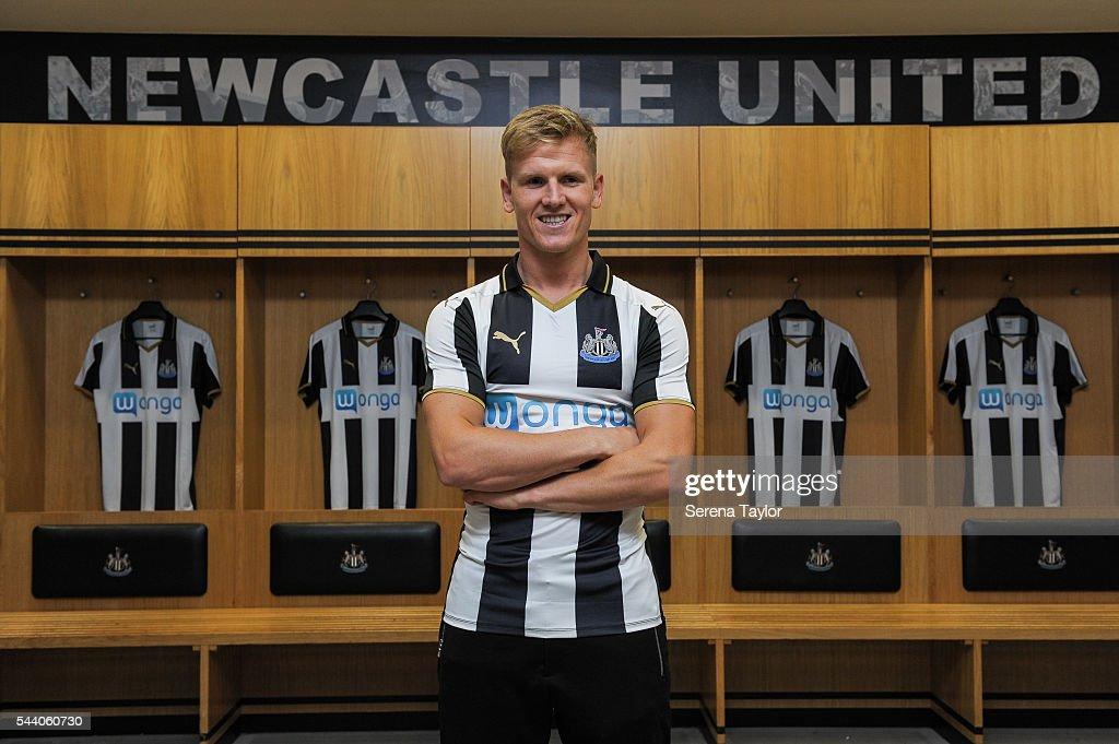 Newcastle United Unveil New Signing Matt Ritchie