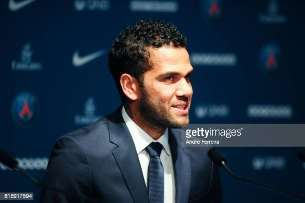 New Signing Player Of Psg Dani Daniel Alves During The Press Conference Of Paris Saint Germain