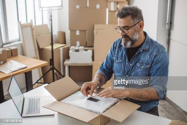 new small business for new age - packaging stock pictures, royalty-free photos & images