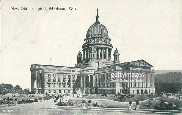 New state capitol building Madison Wisconsin 1922