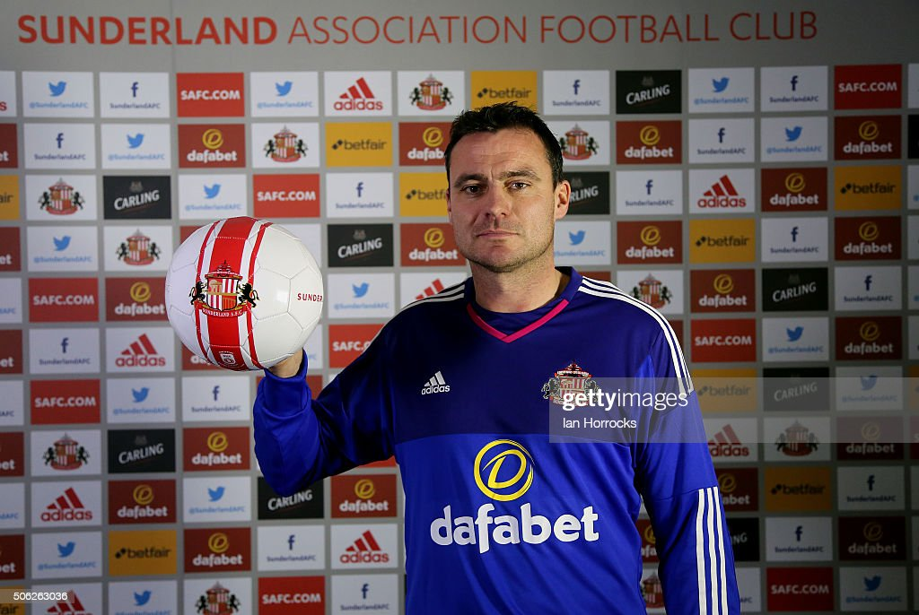 Sunderland AFC Unveil New Signing Steven Harper : News Photo