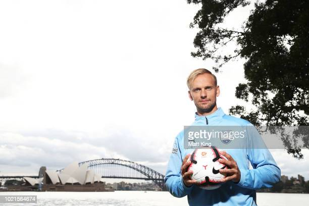 New Sydney FC signing Siem de Jong poses during a Sydney FC A-League media opportunity at Mrs Macquarie's Point on August 23, 2018 in Sydney,...