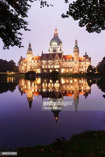 new town hall in hanover hanover (hannover), lower saxony, germany - hanover germany stock pictures, royalty-free photos & images