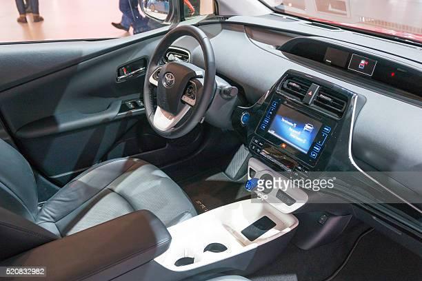Neue Toyota Prius Hybrid (4. generation) innen