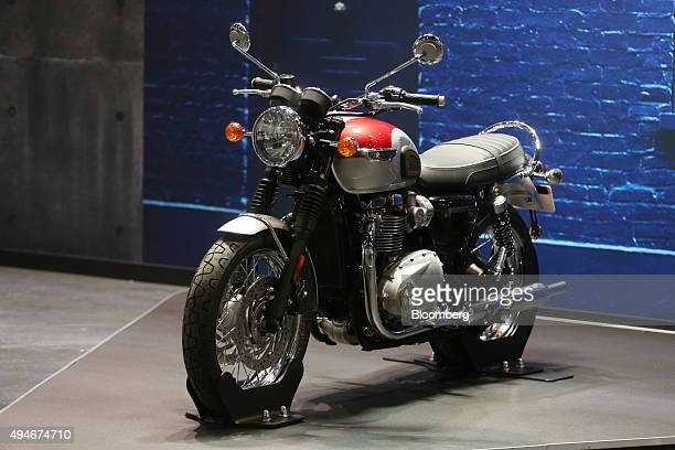 19 Triumph Motorcycles Ltd Unveil New Bonneville Models Pictures