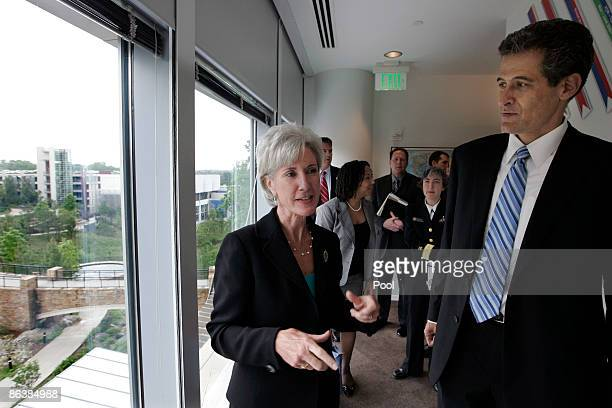 New US Secretary of Health and Human Services and former Kansas Governor Kathleen Sebelius and CDC acting director Richard Besser tour the emergency...