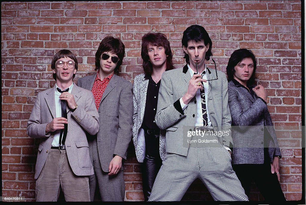 American new wave band The Cars received 552,000 votes.