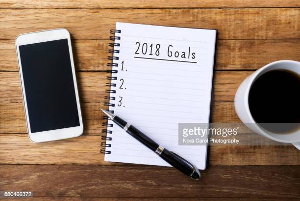 new year 2018 goals - erwartung stock-fotos und bilder