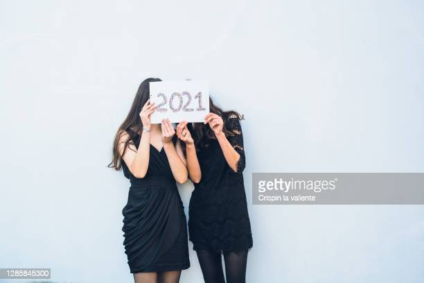 new year 2021, christmas - vestido preto imagens e fotografias de stock