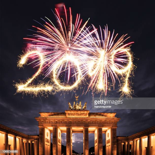 2019 new year fireworks in berlin - 2019 stock pictures, royalty-free photos & images
