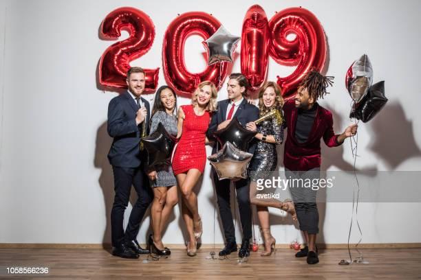 fête du nouvel an - 2019 photos et images de collection