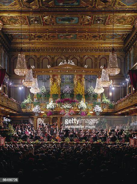 New Year's Concert of the Vienna Philharmonic Orchestra In the golden hall of the 'Musikverein' Vienna Photography Around 1990 [Neujahrskonzert der...