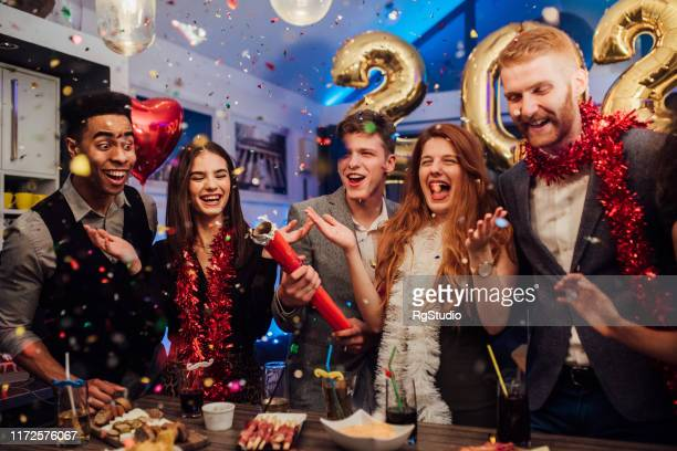 new year's eve celebreation - 2020 2029 stock pictures, royalty-free photos & images