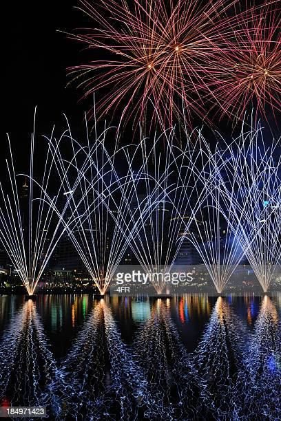 new years eve fireworks, sydney, australia - darling harbour stock pictures, royalty-free photos & images