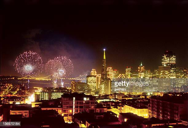 new years fireworks in san francisco 2000 - east bay regional park stock pictures, royalty-free photos & images
