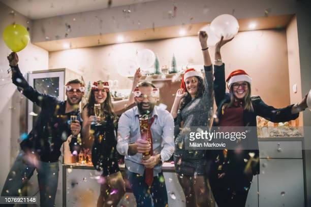 new year's party - evento de entretenimento imagens e fotografias de stock