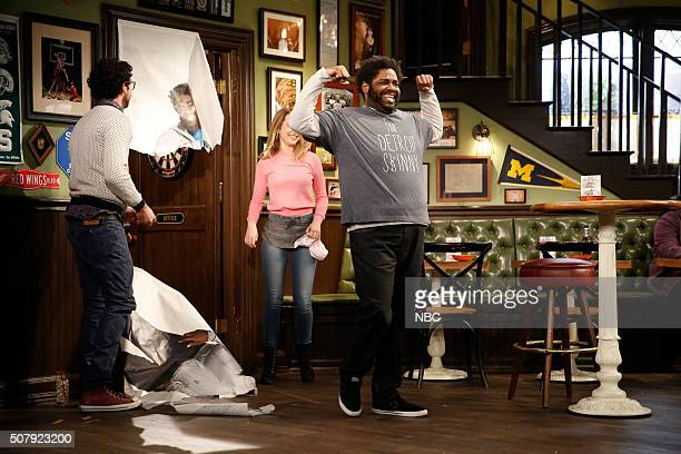 UNDATEABLE A New Year's Resolution Walks Into A Bar Episode 310A Pictured Rick Glassman as Burski Bridgit Mendler as Candace Ron Funches as Shelly