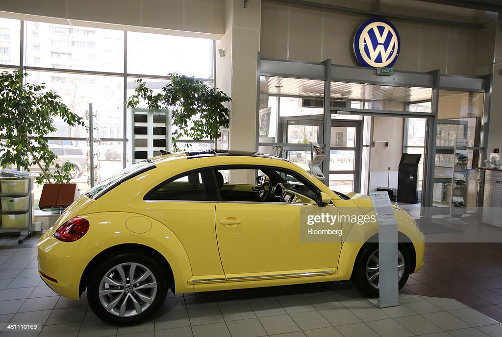 Western Automobile Manufacturers In Russia As Crimea Crisis Threatens Sales : ニュース写真