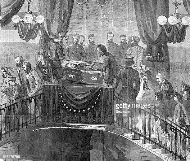 Abraham Lincoln's Funeral 1865 Citizens Viewing The Body at City Hall New York