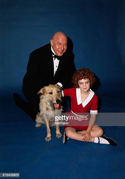 Annie is played by Andrea McArdle of Philadelphia Reid Shelton plays Oliver Warbucks Sandy was discovered at the Humane Society in Newington...