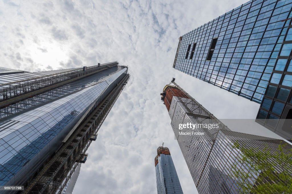 New York buildings under construction, low angle view of the Hudson Yards : Stock-Foto