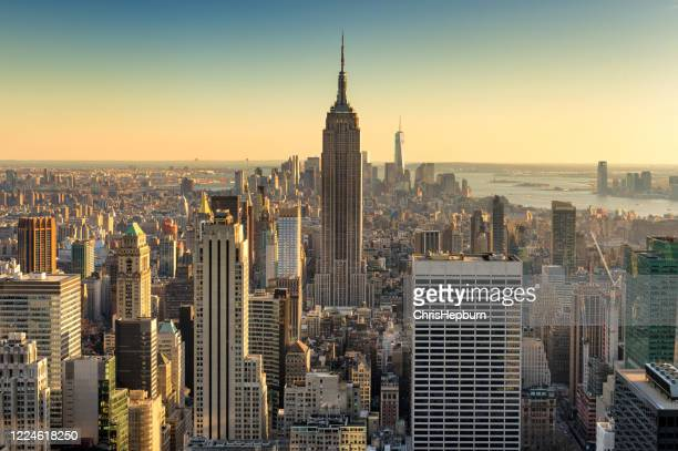 new york city aerial skyline at dusk, usa - metlife building stock pictures, royalty-free photos & images