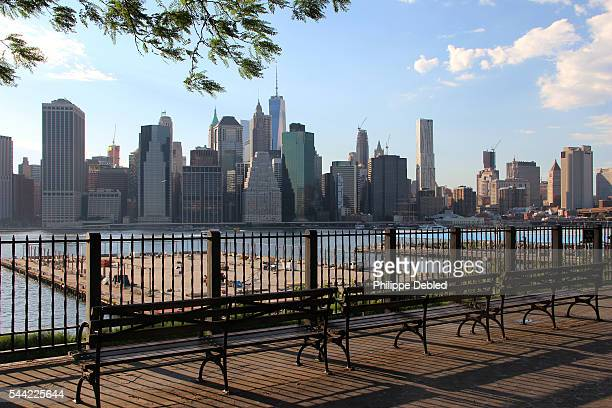 USA, New York City, Brooklyn, View of lower Manhattan skyline from the Brooklyn heights promenade