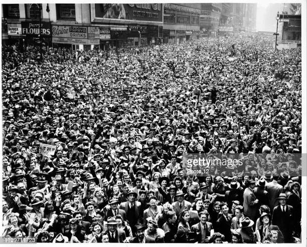 New York City celebrating VE Day at the end of World war Two in Europe May 1945