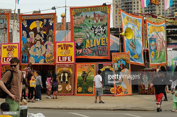 new york city coney island freak show tourist attraction - coney island stock pictures, royalty-free photos & images