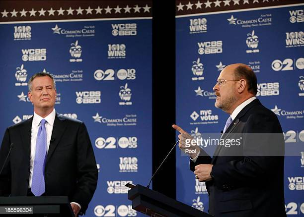 New York City Democratic mayoral candidate Bill de Blasio reacts as New York City Republican mayoral candidate Joe Lhota makes a point during the...