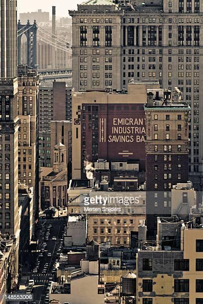 new york city hall, surrounding buildings and chambers street. - merten snijders stockfoto's en -beelden