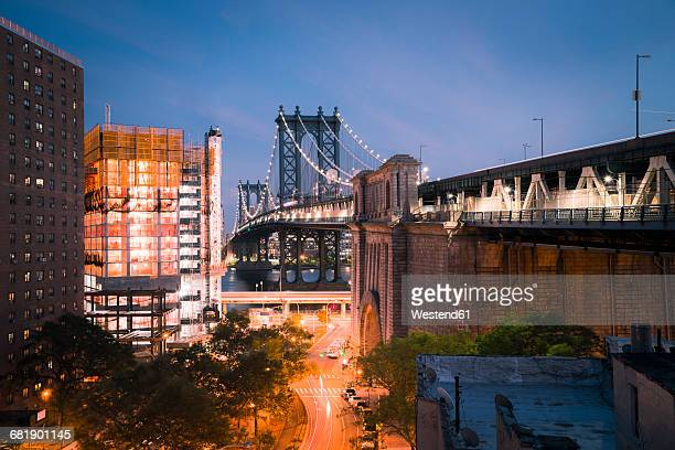 usa, new york city, manhattan bridge at night - brooklyn new york stock pictures, royalty-free photos & images