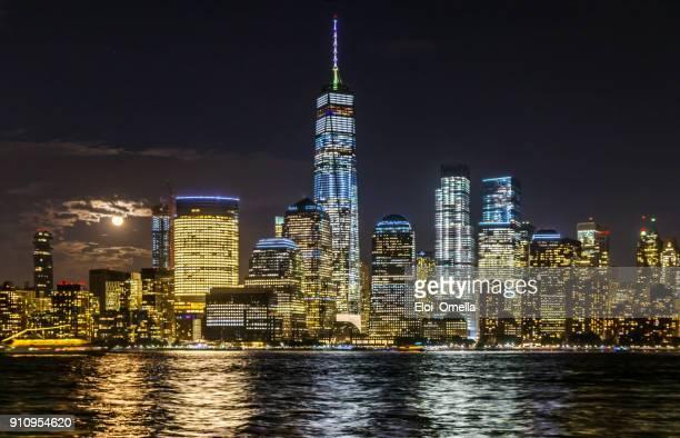 ciudad de nueva york manhattan centro reflejo noche Luna
